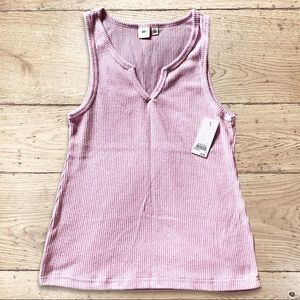 BP Nordstrom Summer V neck rubbed Tank lilac NWT